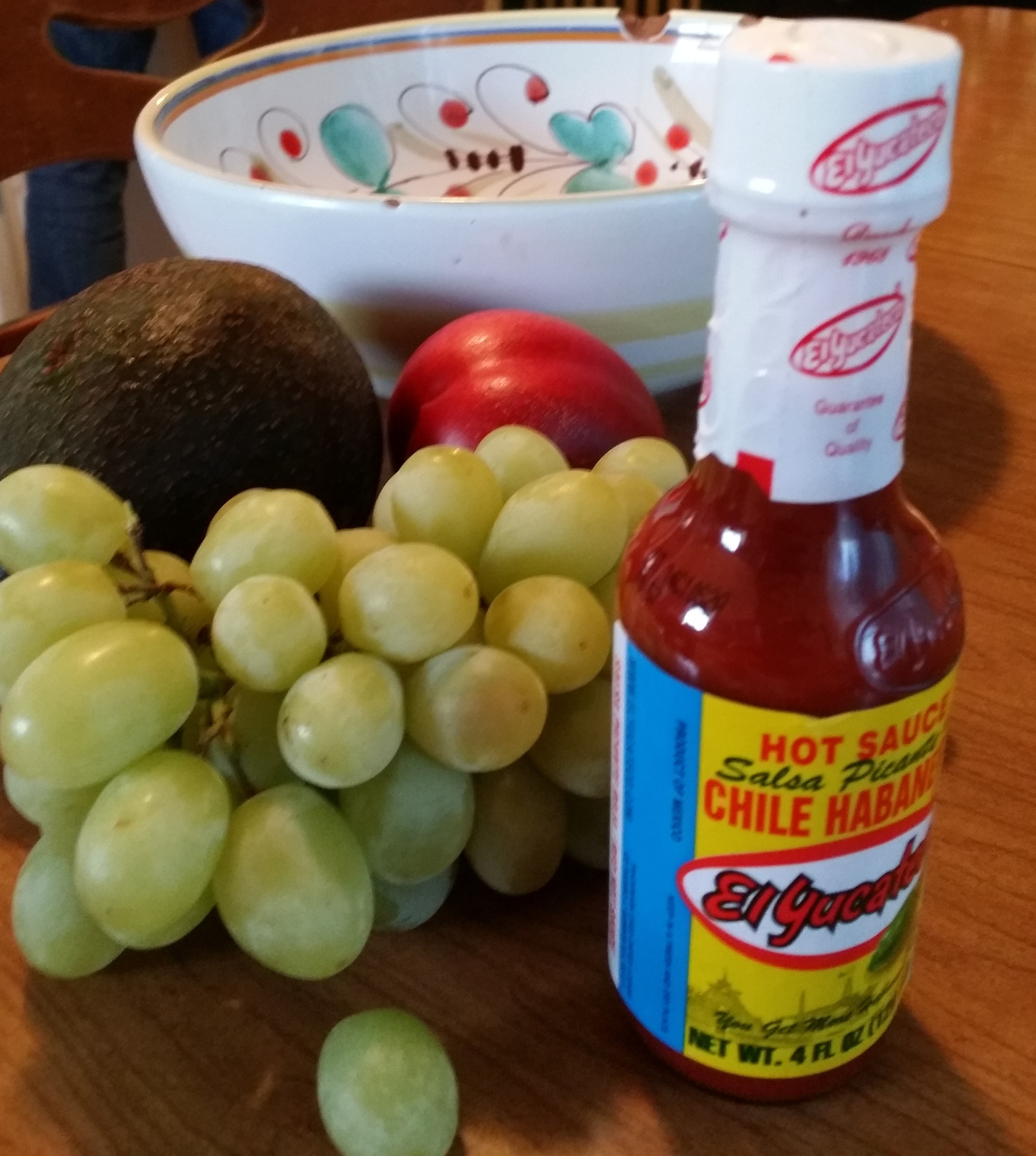 Experimenting with El Yucateco Habanero Sauces in Traditional Recipes